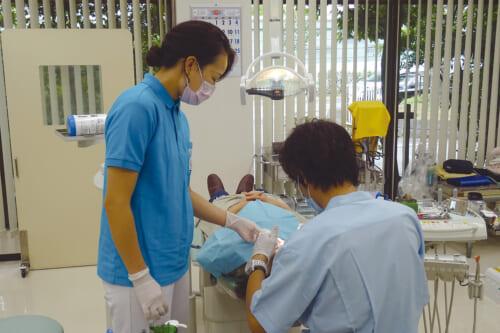 休日応急歯科診療
